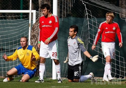 Локомотив 3:0 Луч-Энергия (фото)