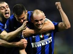 Интер забил три гола Барселоне
