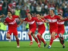 Хиддинк одержал первую победу со сборной Турции