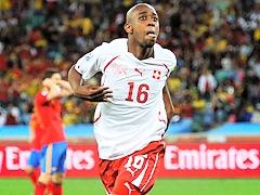 Испанцы проиграли швейцарцам в стартовом матче на ЧМ