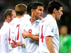 Болельщик проник в раздевалку сборной Англии