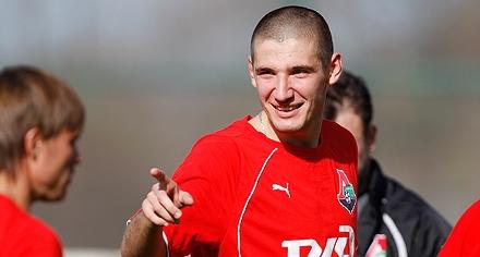 Бурлак, Гатагов и Фильцов вызваны на матч с Украиной