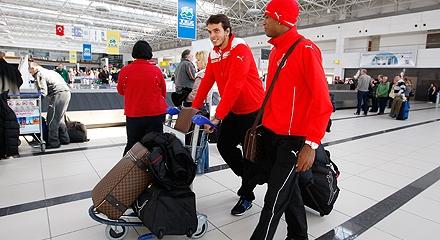 Локомотив прилетел в Турцию