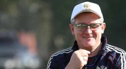 Кто должен возглавить сборную России?