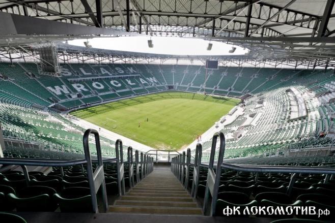 «Советский спорт»: поле в Варшаве не готово к игре Россия – Греция