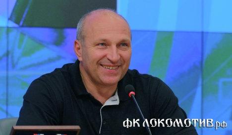 РФПЛ выступает за продажу пива на футбольных стадионах - Чебан