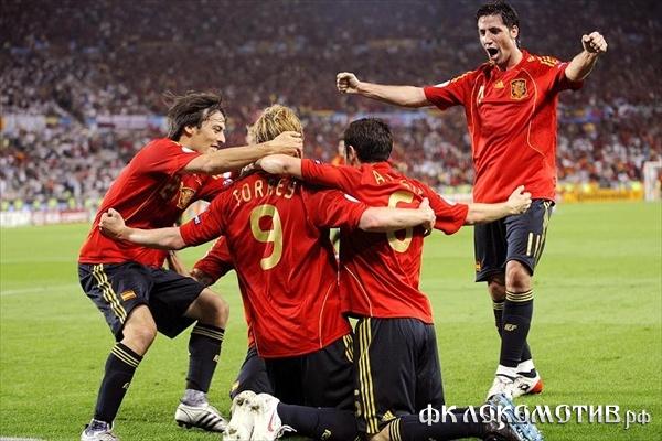 10 испанцев попали в символическую команду Евро-2012