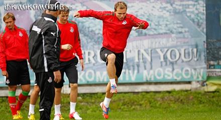 «Локомотив» провел тренировку в Баковке