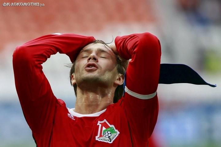 Денисов в «Ливерпуле», Измайлов в «Милане», Думбия в «Лацио», Сычев в «Краснодаре»