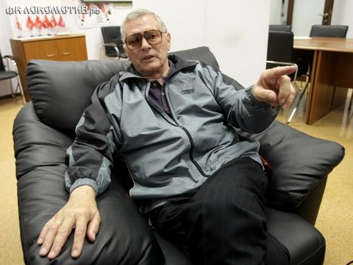 Виктор Понедельник: Какой толк от работы иностранных тренеров в России?