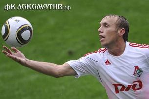 Денис Глушаков: Товарищеские матчи лучше проводить в провинции