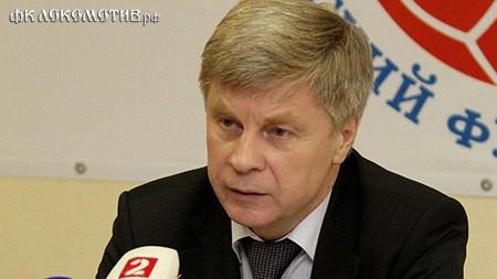 Толстых уверен, что за Россию с Исландией сыграют все сильнейшие