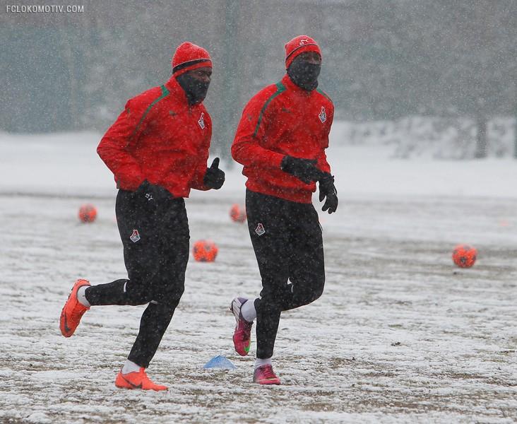 Тренировка под снегом