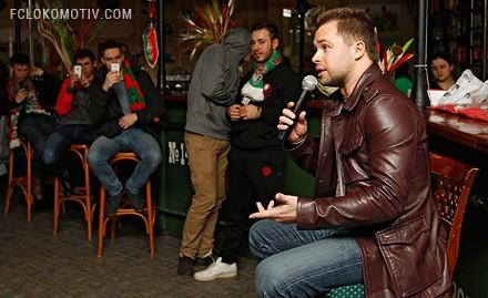 В «Вагоне» прошел финал турнира по FIFA 13 и встреча с Виталием Гогунским
