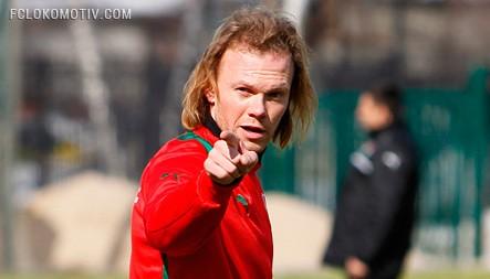 Денисов принял участие в победном матче сборной Узбекистана