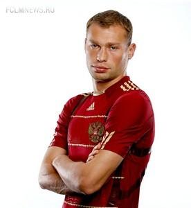 «Все нормально!» Василий Березуцкий придумал девиз для нашей сборной на британской земле
