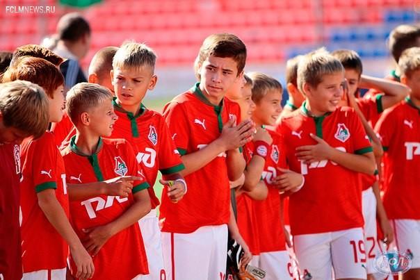 """Балтика"" и ""Локомотив"" определят чемпиона ДФЛ"