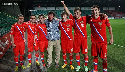 Баринов, Макаров и Жемалетдинов – в предварительном составе юношеской сборной на чемпионат мира