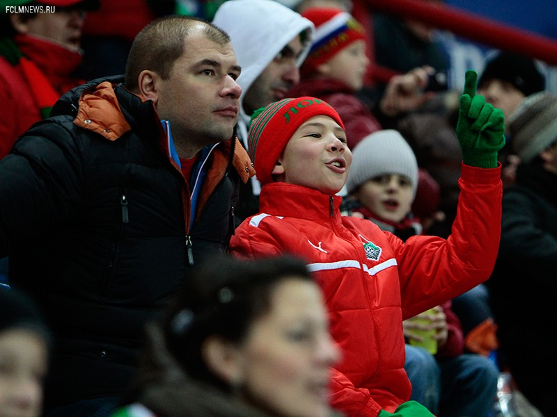 Семейный сектор празднует победу над «Амкаром»