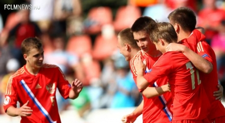 Юношеская сборная России победила Канаду