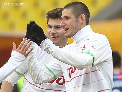 «Ростов» планирует рассмотреть вариант аренды одного из двух центральных защитников «Локомотива» – Тараса Бурлака или Максима Беляева.