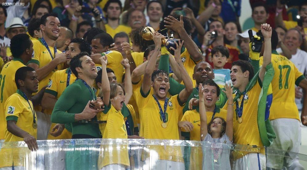 10 событий футбольного 2013-го