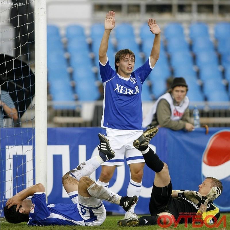 Руслан Пименов: «На чемпионате мира нас заселили в пионерлагерь и кормили гречкой»