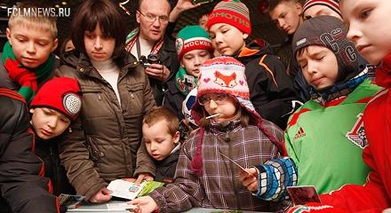 Автограф-сессия Александра Шешукова в Семейном секторе!