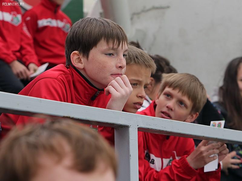 Школьный сектор с игры против «Зенита»