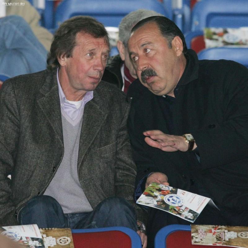 Своими мыслями о решающем матче турнира делятся заслуженные тренеры России – Валерий Газзаев и Юрий Семин