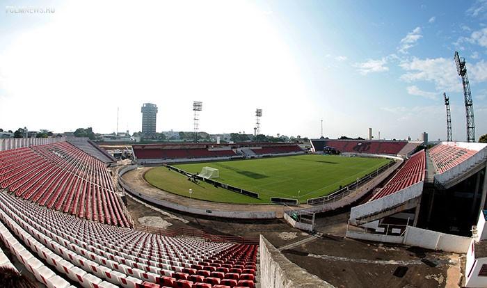 стадиона «Новелли Жуниор»