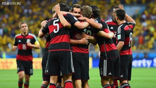 ЧМ-2014. Германия громит бразильцев