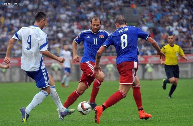 Ведад ИБИШЕВИЧ и сборная Боснии 4 сентября разобрались с гостями из Лихтенштейна со счетом 3:0. Фото - AFP