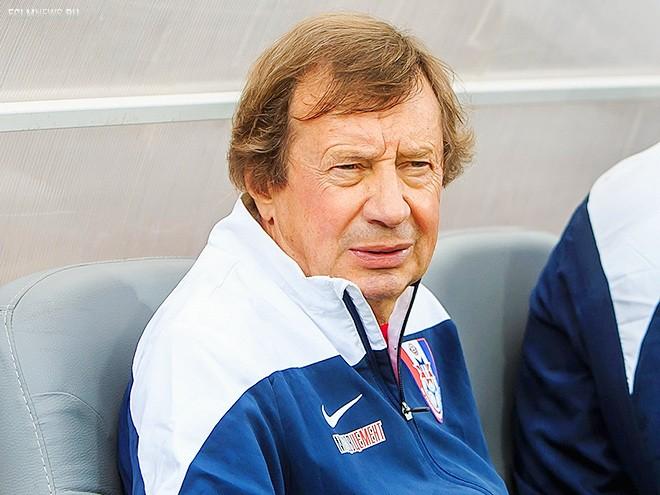 10 тренеров для «Локо»: от Божовича до Газзаева