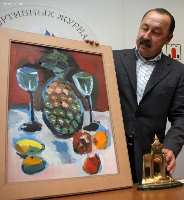 Валерий Газзаев во время церемонии вручения приза Федерации спортивных журналистов России - «Лучший тренер России по футболу» за 2005 год. Фото ИТАР-ТАСС.