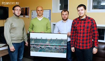 Болельщики поздравили Олега Пашинина с 40-летием