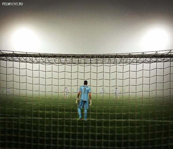 """Футболист """"Локо"""" Самедов: поле в Уфе больше мешало играть, чем туман, в матче КР"""