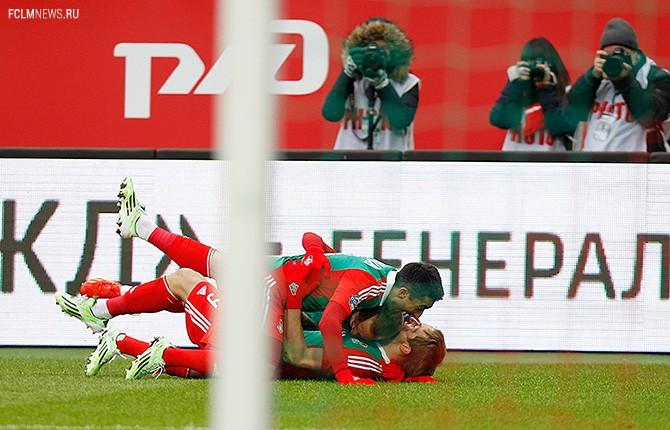 «Пока Венкер разминался и переодевался, нам забили два гола». Как «Локомотив» разделался с «Динамо»