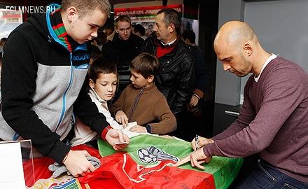 Олег Пашинин встретился с болельщиками в клубном музее