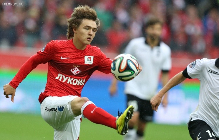 Молодежная сборная России по футболу начинает серию товарищеских матчей в Испании
