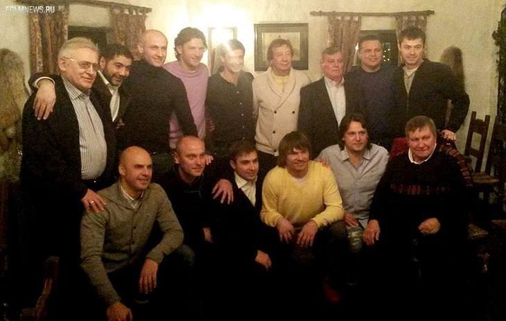 Игроки и тренеры «Локомотива» чемпионского состава-2004 отметили 10-летие победы в том сезоне премьер-лиги.