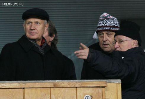 """Вячеслав КОЛОСКОВ (слева) уверен: мат на трибунах - следствие, а не причина проблем на стадионах. Фото Александр ФЕДОРОВ, """"СЭ"""""""