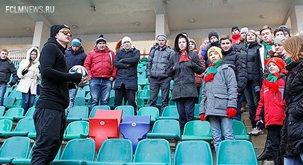 Тарасов провел экскурсию для болельщиков
