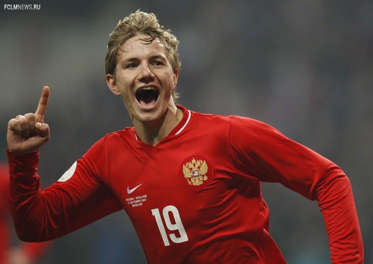 17 октября 2007 года. Роман Павлюченко отмечает гол в ворота сборной Англии. Источник: Associated Press