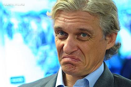 Тиньков назвал российский футбол жалким зрелищем