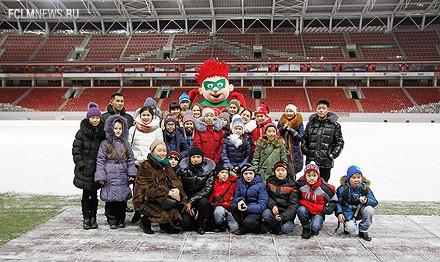 Дети с Кремлевской елки побывали на «Локомотиве»