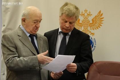 Глава РФС заявил о намерении показать контракт Капелло
