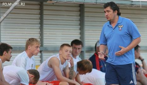 Писарев пожелал Коряну закрепиться в чемпионате Нидерландов по футболу