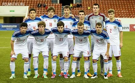 Лантратов и Макаров сыграли с Молдавией