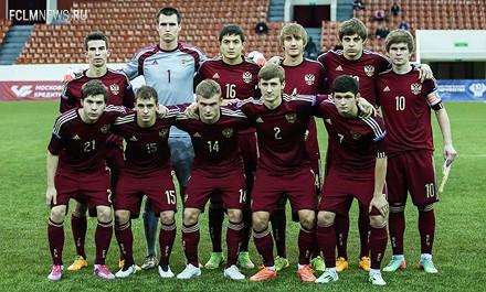 Лантратов и Макаров сыграли за молодежную сборную